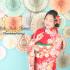 成人前撮り ~古典柄  赤系  白染め分け桜、菊、牡丹のし目柄~