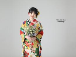 成人前撮り ~熨斗目に大輪の桜 レトロモダン~