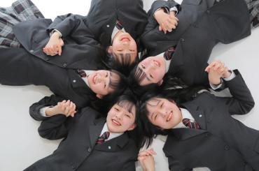 ~高校3年生の皆様必見です!!撮影料無料キャンペーン🌠ラインデータもプレゼント🎁お友達と✨記念の1枚のこしませんか🎶~