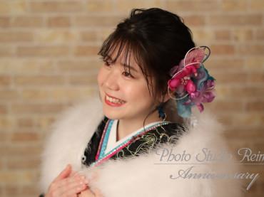 成人前撮り〜グラマラス  黒系  ラメ入白染分大小薔薇と蝶〜