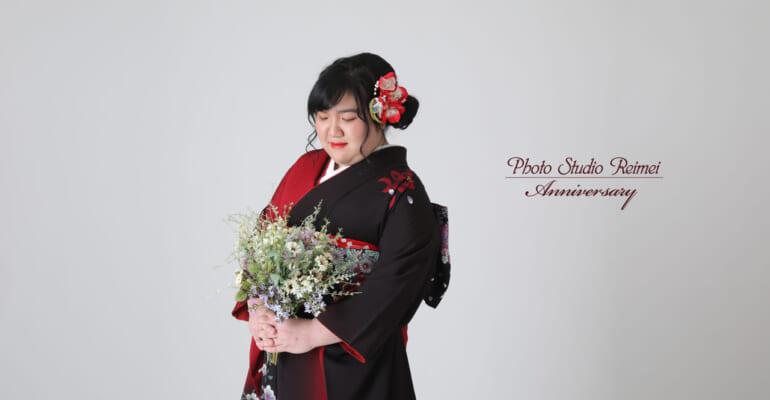 成人前撮り ~赤黒染め分け赤花、白小花柄~